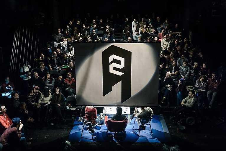 Diskuze A2: Co dělí naši společnost?