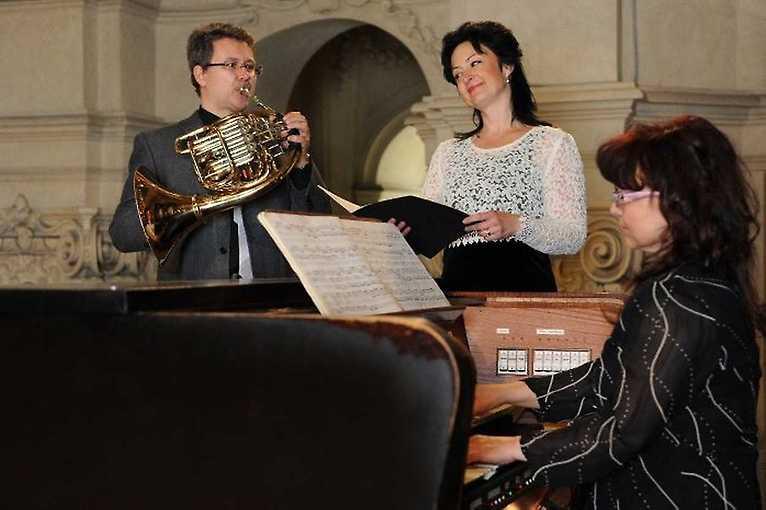 Canto Corno E Organo