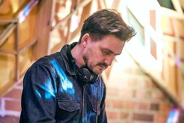 Taniec z singlami: Soul Service + DJ Falcon1