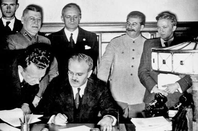Zapomenutá válka? Evropa mezi Berlínem a Moskvou