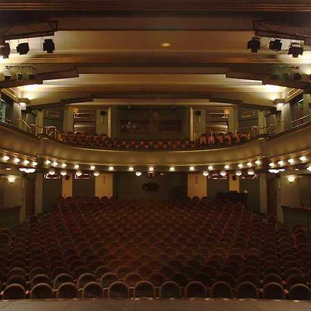 Městská divadla pražská