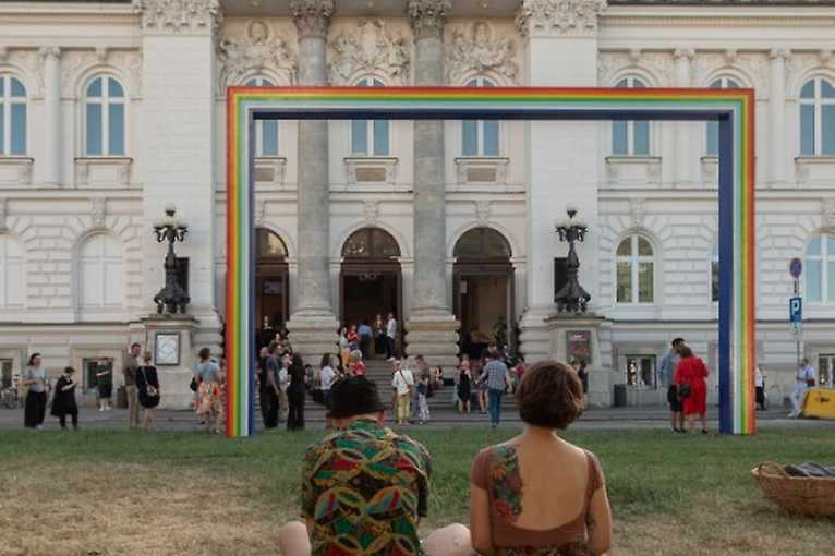 Marek Sobczyk: Simple Rainbow
