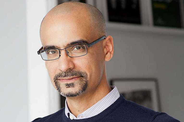 Coffee and book signing with Junot Díaz