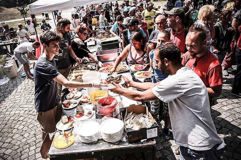 4. piknik pro lidi bez domova