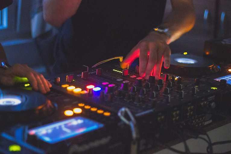 Oldies Party: DJ Máňa