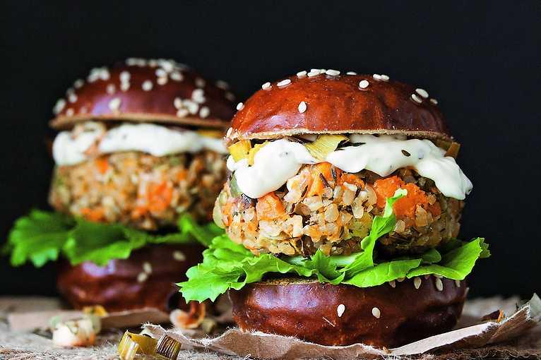 Vegan Brno Burger Fest 2020