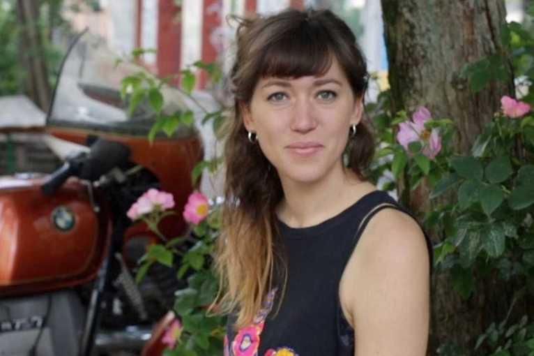 Johanna Amelie + support: Alex St Joan
