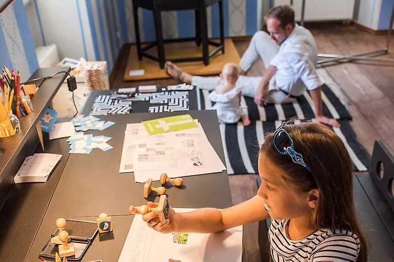 Rodinné odpoledne v Hoffmanově domě: Rozkvetlý stůl