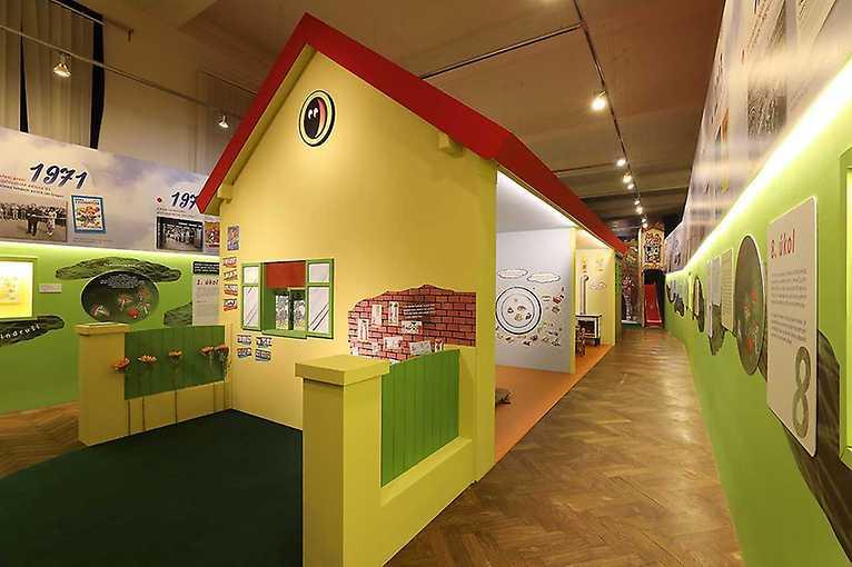 Komentovaná prohlídka výstavy 50 let se Čtyřlístkem