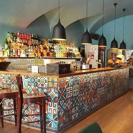 San Marten Bar & Restaurant