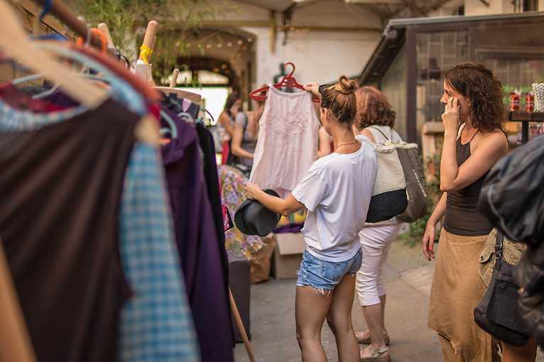 Rooftop Talks: Jediný udržitelný shopping je swap