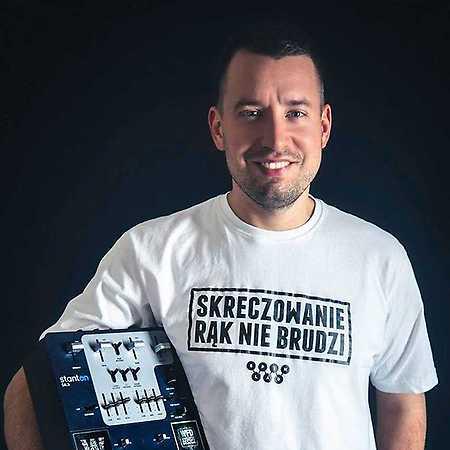 DJ Anusz