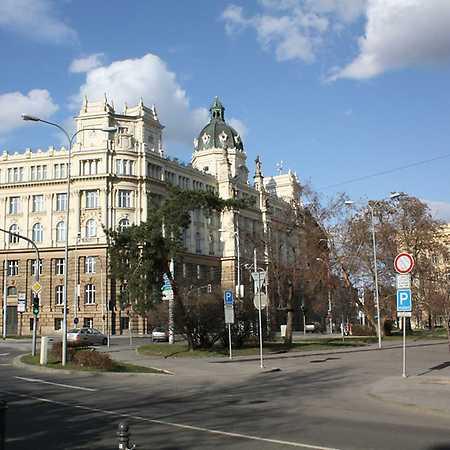 Žerotínovo náměstí