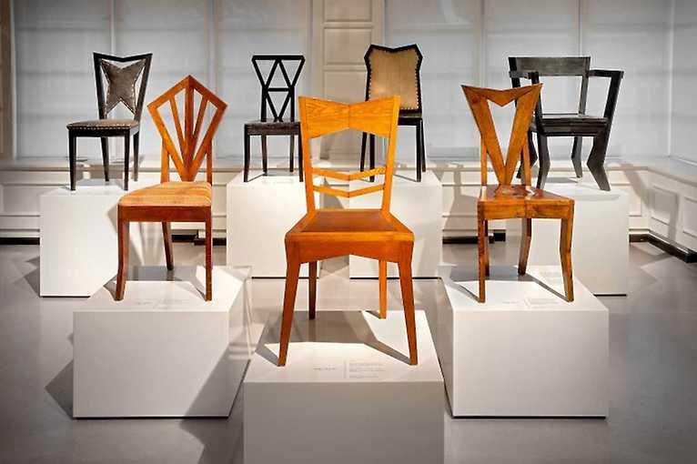 Obyčejná židle nebo vzácný exponát?