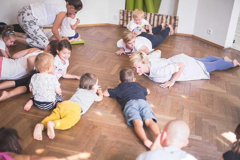 Babyoga pro chodící děti