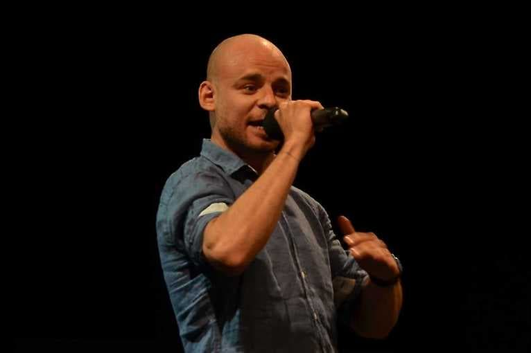 NaMikrofon – Stand-up jako Brno: Vojtaano