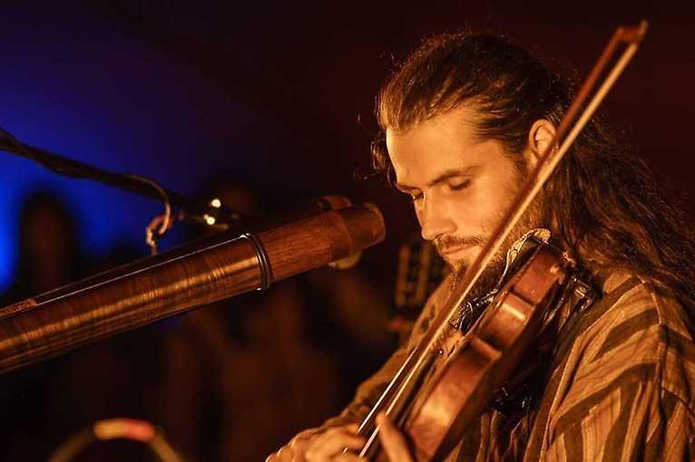 Vojta Violinist & Yedhaki:Nautika