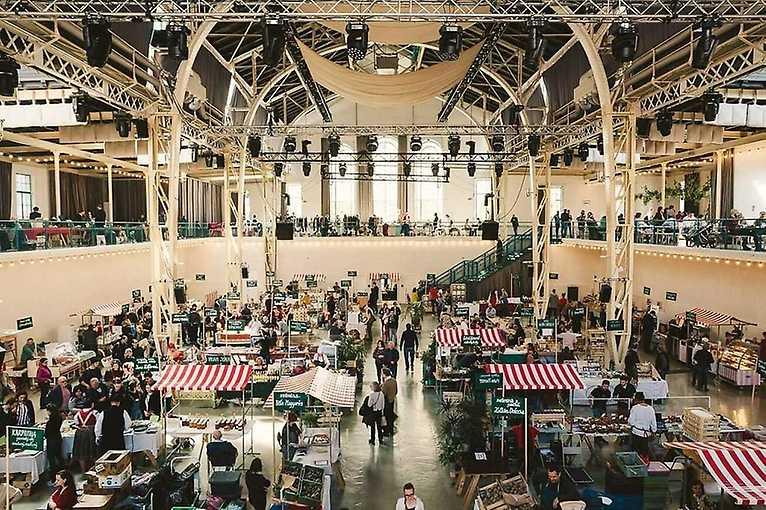 Blší trh v Starej tržnici