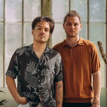 Milky Chance + support: Mavi Phoenix