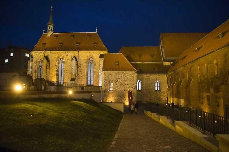 Sv. Anežka Česká – osobnost a kult. Dlouhá cesta ke svatořečení