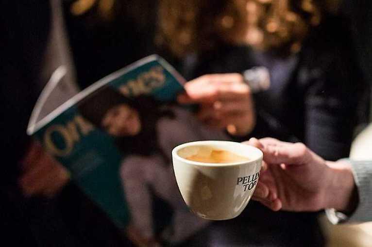 Čtení ke kafi