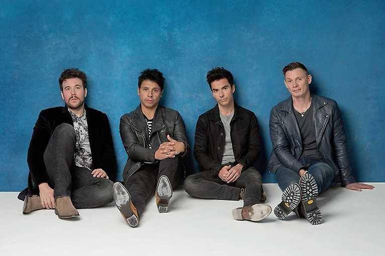 Stereophonics + support: Nadia Sheikh