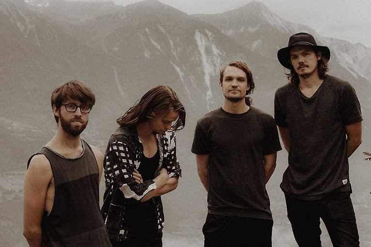 Half Moon Run + support: Leif Vollebekk
