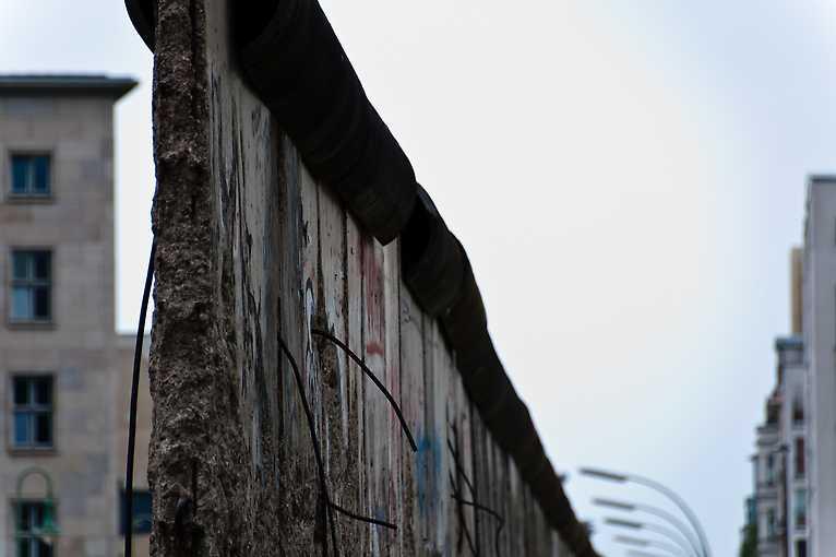 30 let po pádu Berlínské zdi: Nejdříve euforie – potom zloba?