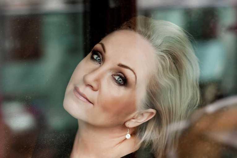 Christmas Concert: Bára Basiková & Prague Lecian Strings