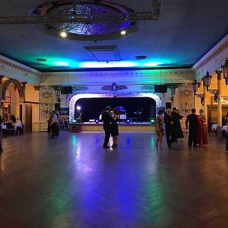 Zimní ples kurzů pro VŠ a dospělé TŠ Sedlecký
