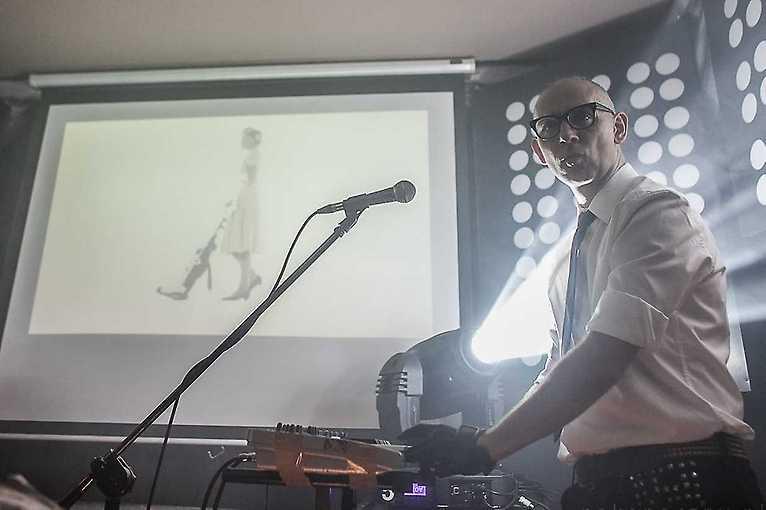 80's/90's Party: DJ Hiro Szyma