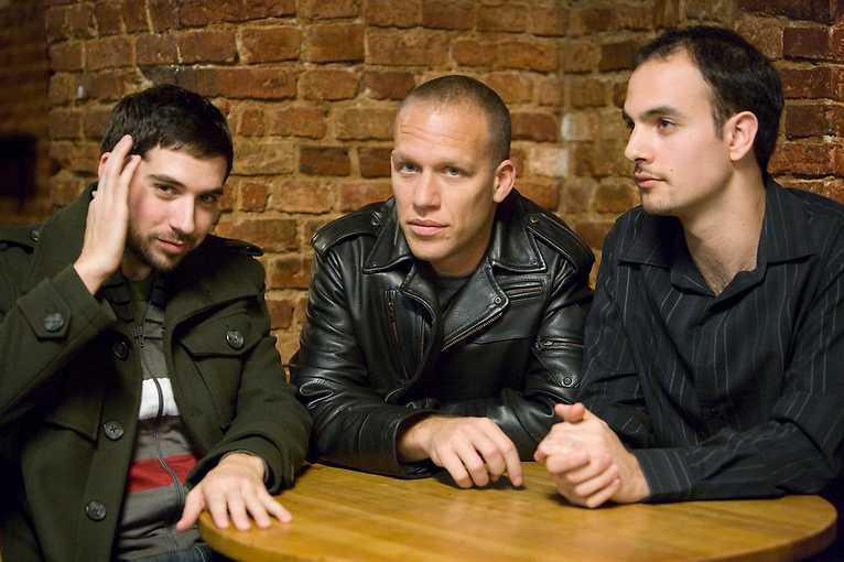 Avishai Cohen Trio – Gently Disturbed