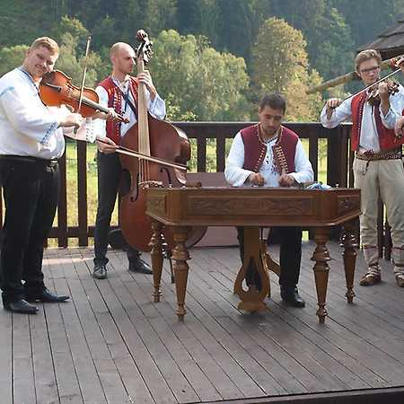 We Love Folklor: CM Kordulka
