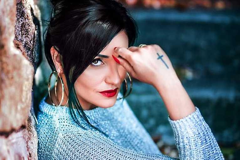 Claudia Love (krst albumu)