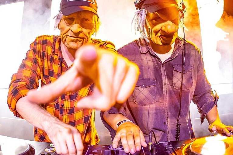Graysecret show + DJ Stayer + další