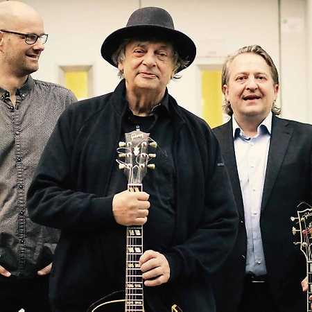 Philip Catherine & Paulo Morello & Sven Faller