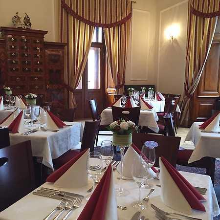 Snoubení jídla a vína na zámku: Stará dobrá Francie