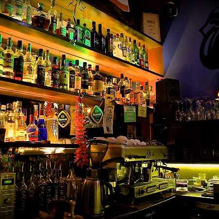 Oliwa Pub