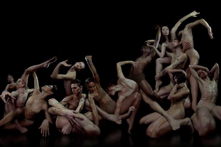 Las Casas Invisibles: KDV Dance Ensemble + Floating Points + more