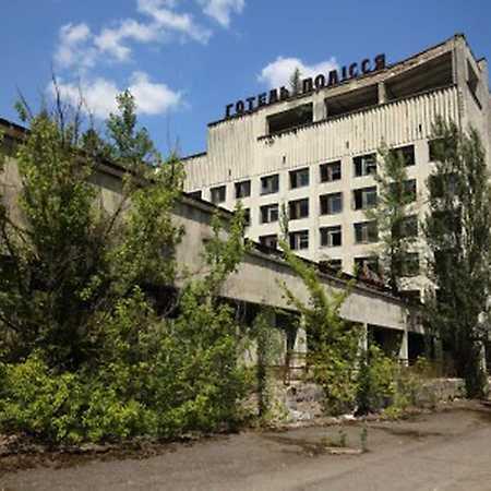 Tomáš Kubeš: Černobyl – spící peklo