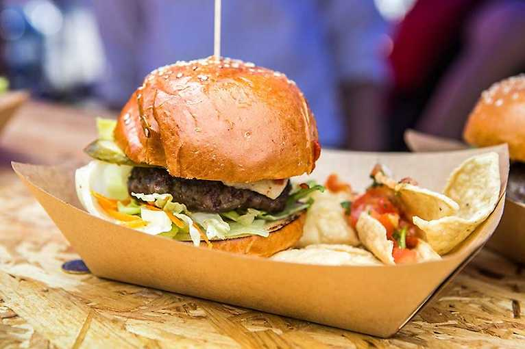 Pivo a burger festival 2020