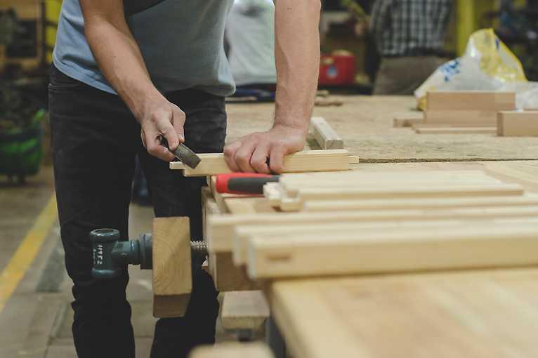 Měsíční kurz základů práce se dřevem – přesunuto na neznámý termín
