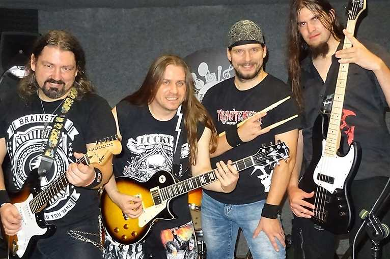 Laters + Hells Band + Sailentea