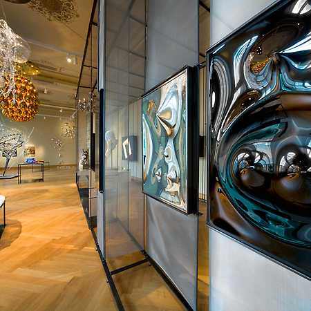 Komentovaná prohlídka výstavy Plejády skla 1946–2019