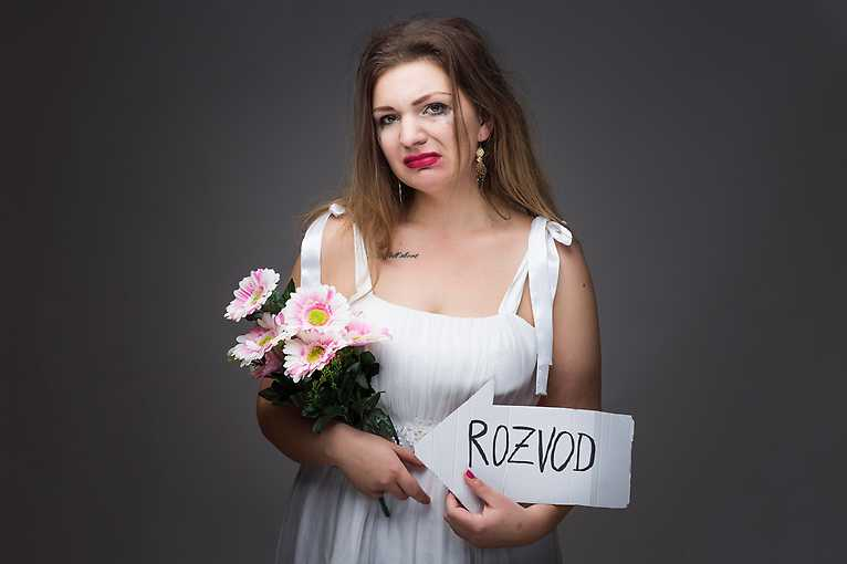 NaMikrofon – Stand-up jako Brno: Simona (Silné řeči)