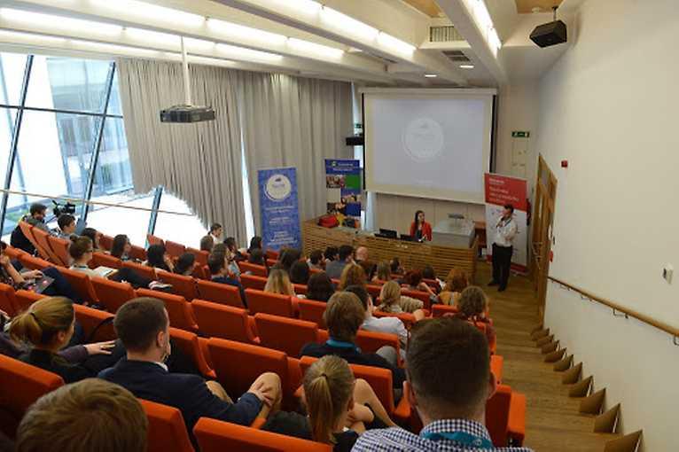 YouthSpeak Forum: Výzva za udržitelnost