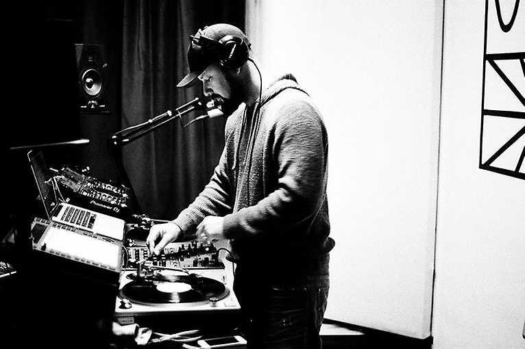 Poslechový večer: Historie fenoménu disco s DJ Ultrafinem