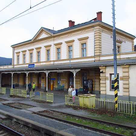 Nádraží Dobřichovice