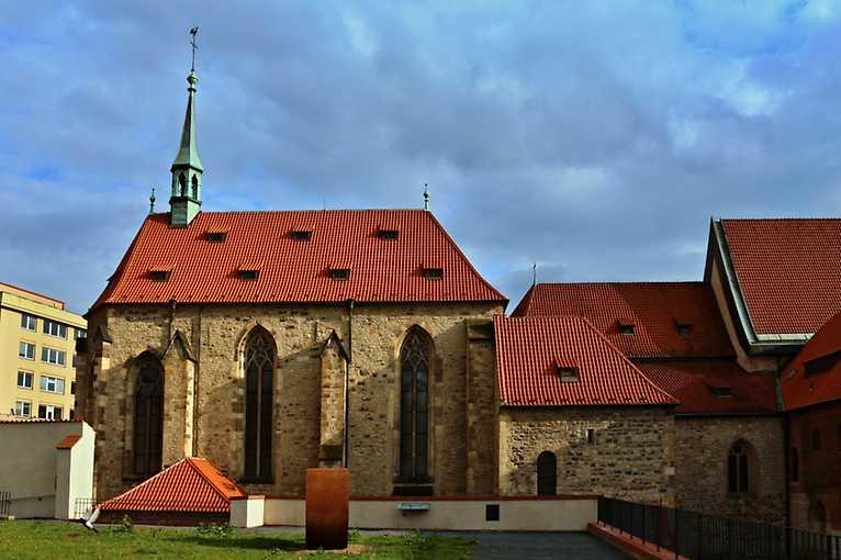 S Anežkou po klášteře