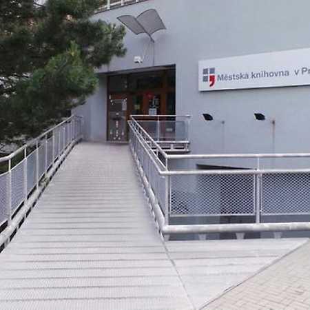 Knihovna Chodov